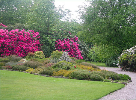 Tatton park gardens for Garden design knutsford